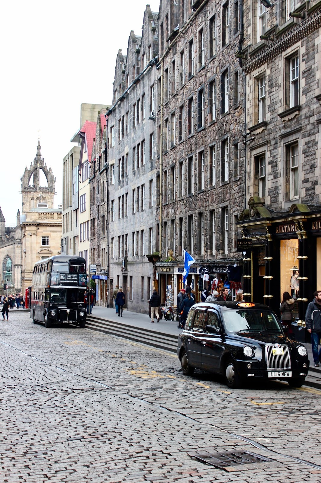 Edinburgh Cab and Bus