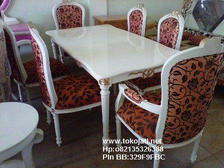furniture duco jepara,mebel duco,Jual Mebel Jepara,Toko Mebel Jati klasik,Furniture Mebel Jepara code mebel ukir jepara A1377 meja makan duco putih