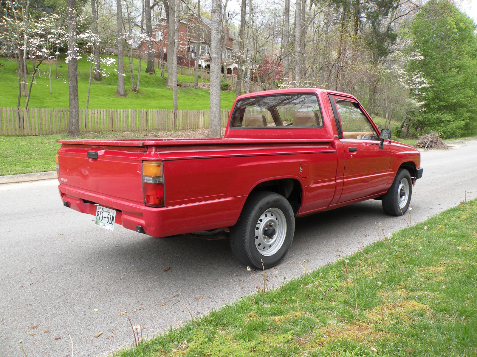 1986 Toyota Pickup Red