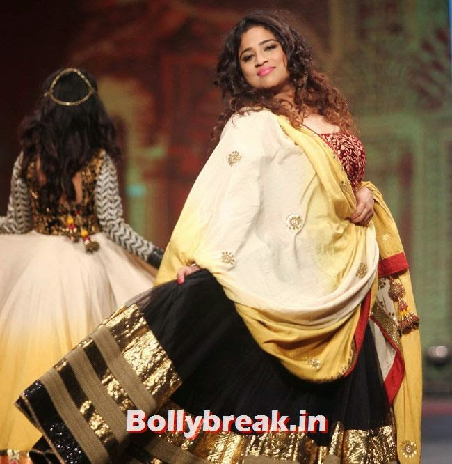 Malishka, Beautiful Bhagyashree, Gauhar, Tara, Perizad, Divya at Cancer Fundraiser Fashion Show