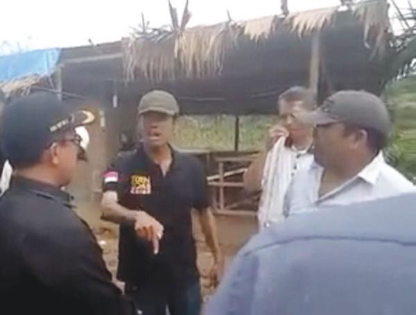 Pria Bermarga Ginting 'Ogapi' Rombongan DPRD Simalungun dengan Ngaku Sebagai Adik Bupati dan Orang Dekat Presiden RI,