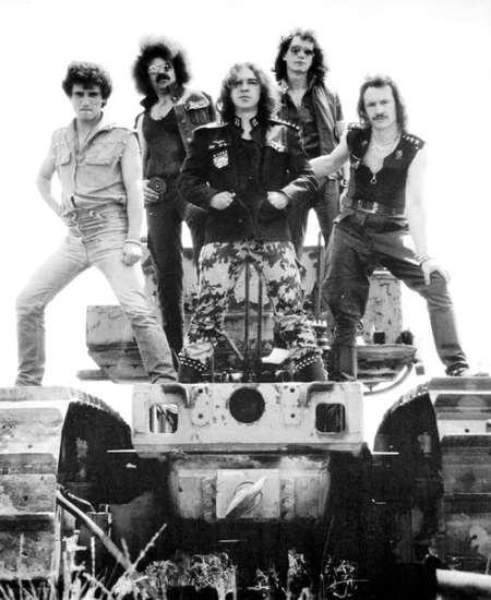 Απεβίωσε ο αρχικός κιθαρίστας των Panzer, Juan Leal
