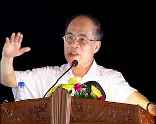 Những tuyên bố 'vô tiền khoáng hậu' của ngài Chủ tịch Quốc hội Nguyễn Sinh Hùng