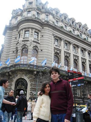 conhecendo a América Latina; Argentina; Buenos Aires; Galerias Pacífico; Bairro Retiro; afrescos Spilimbergo; turismo América Latina