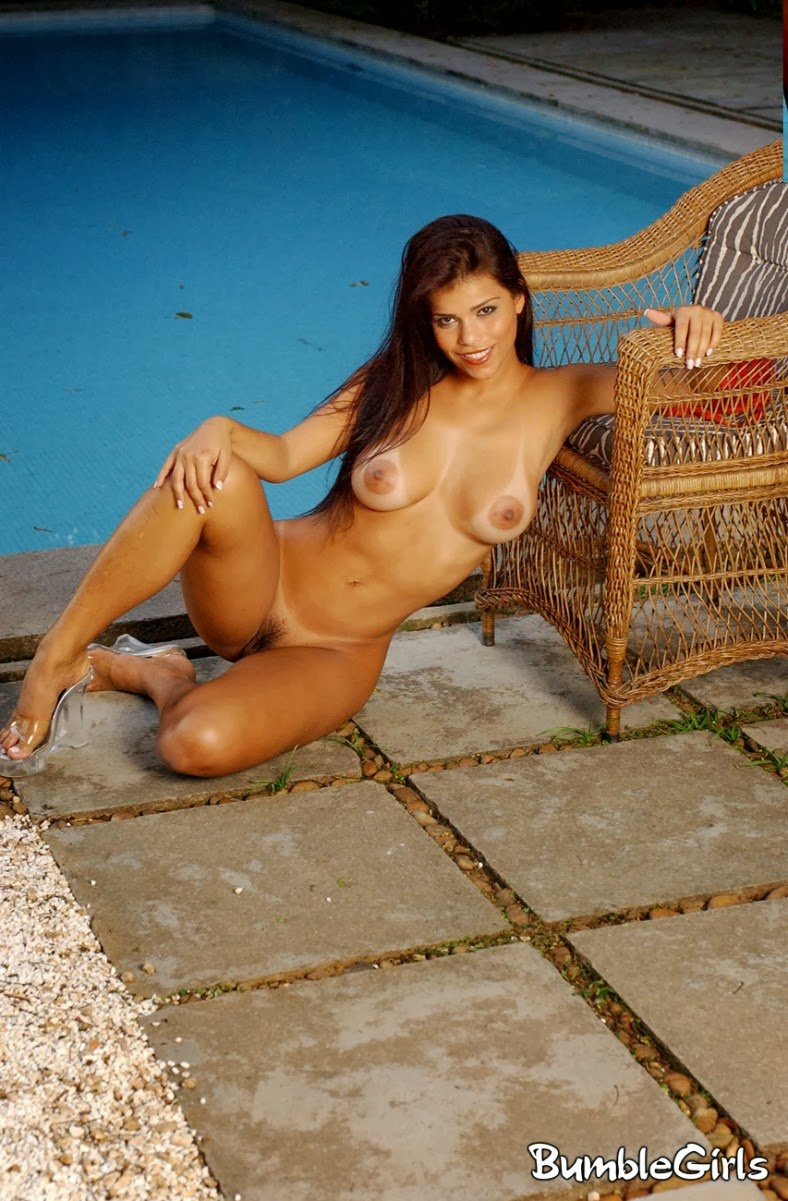 Teen girl nude asleep