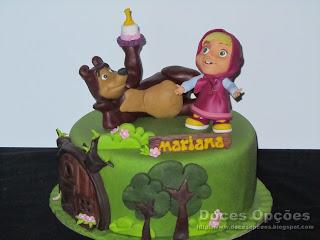 A Masha e o Urso foram ao aniversário da Mariana