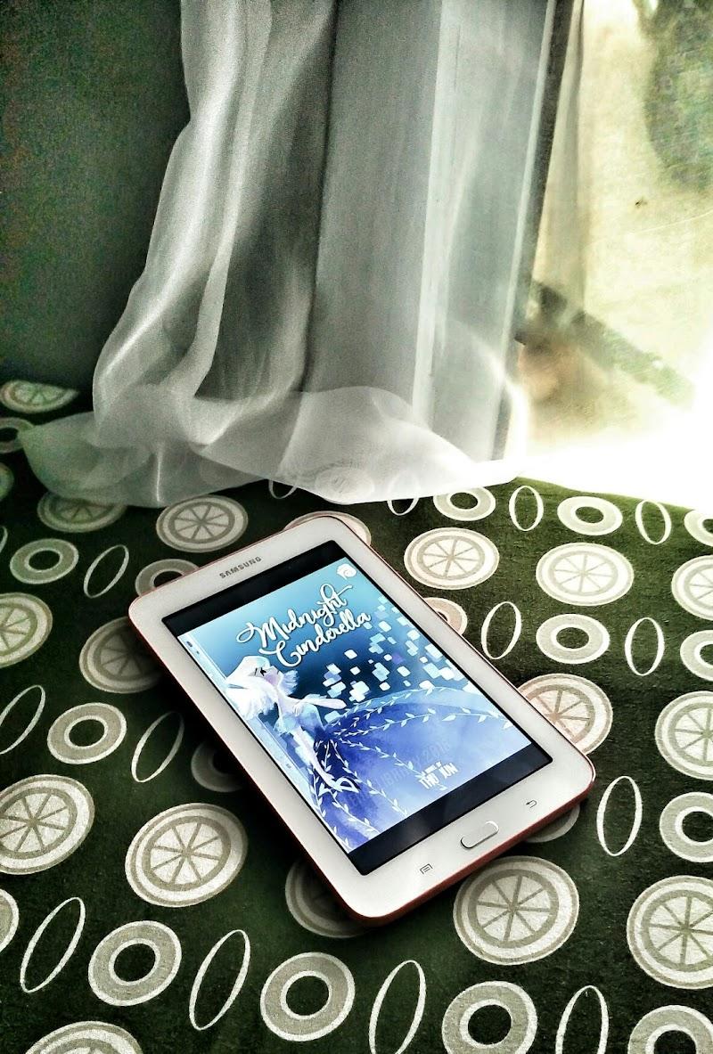 Book Review : Midnight Cinderella by Thu Jun - Retelling Version of Modern Cinderella