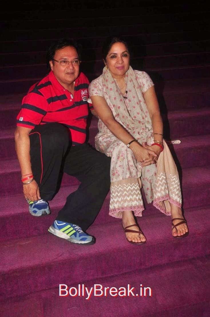 Rakesh Bedi and Neena Gupta, Elli Avram, Esha Gupta Hot Pics At Opening for Anupam Kher Neena Gupta Play
