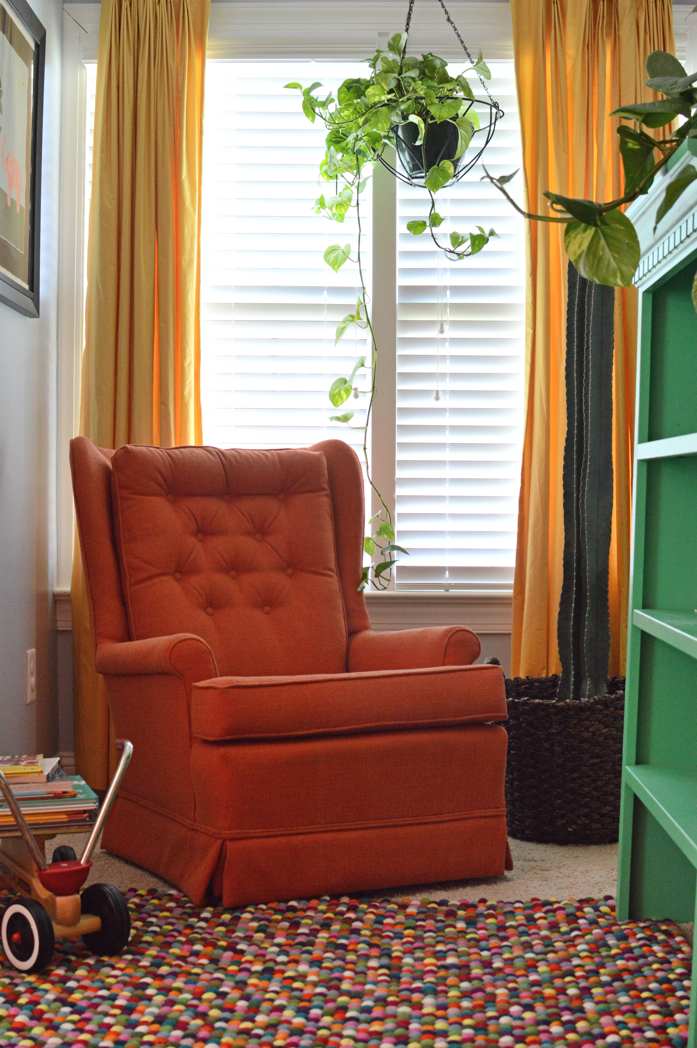 Cozy Reading Corner in Kid's Room