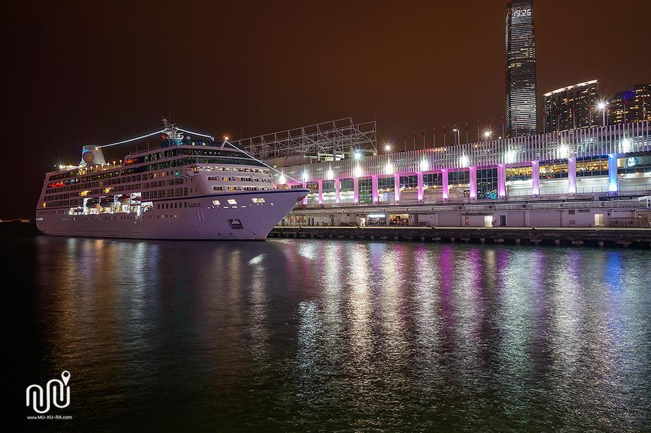 รีวิวเที่ยว HongKong 1 วัน : The Symphony of Lights