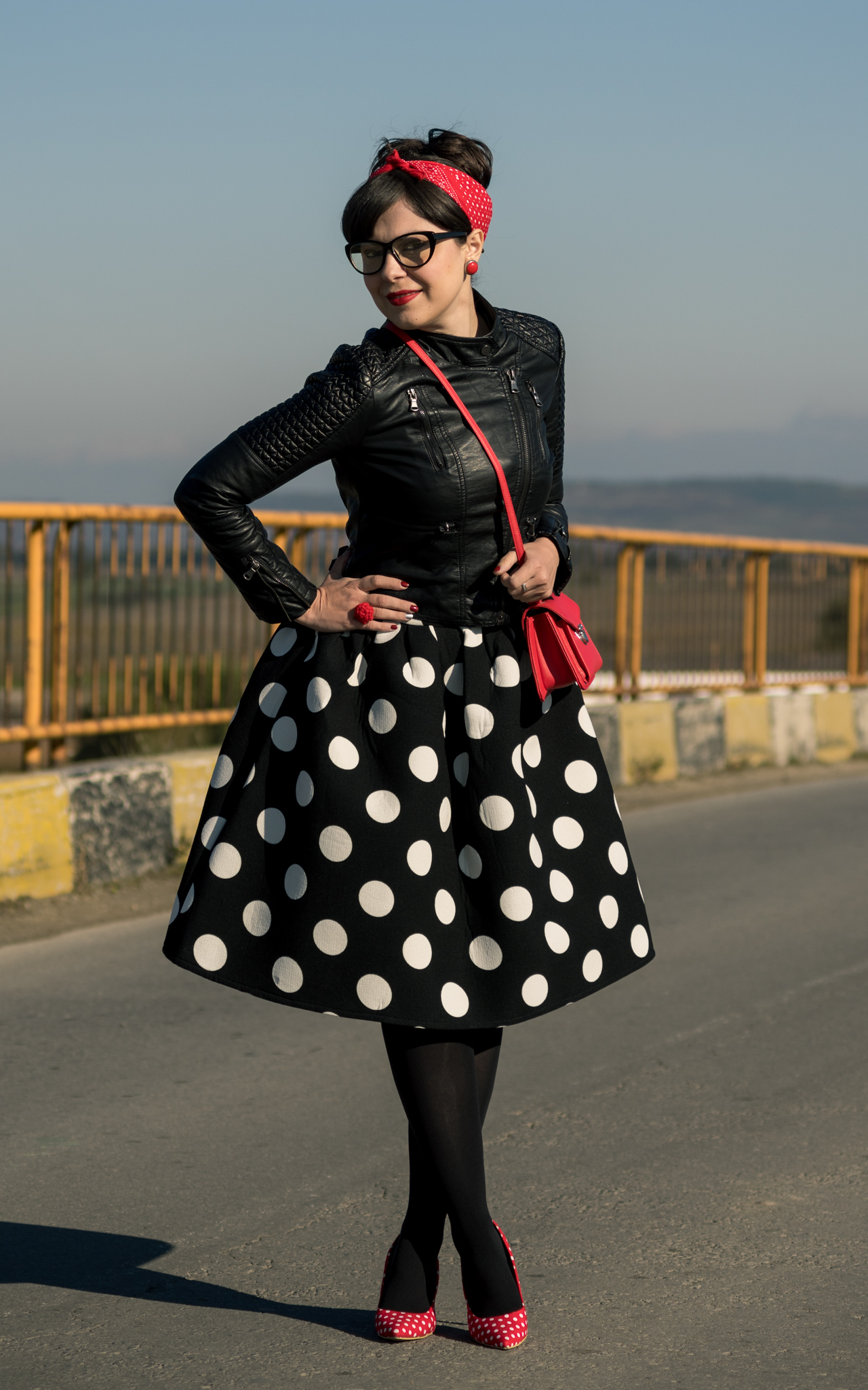 Miss Green: Easy DIY Halloween Costume - Modern Pin Up Girl