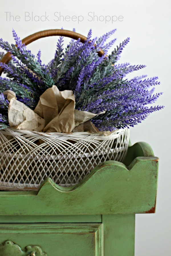 Lavender bundles on dry sink painted in Antibes Green Chalk Paint.
