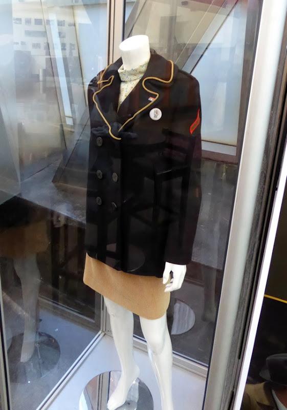 Dakota Fanning American Pastoral Merry Levov costume