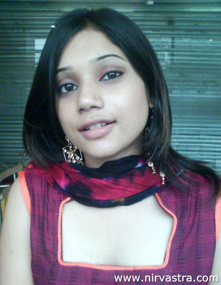 Indian Young Teen Model Fashion Glamour Model: Nude Indian Teen Girl Photo
