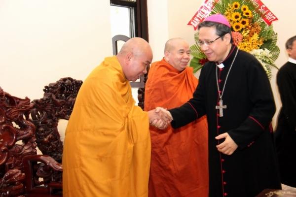 Thành hội Phật giáo chúc mừng Giáng sinh tới tổng giáo phận Sài gòn - Ảnh minh hoạ 3