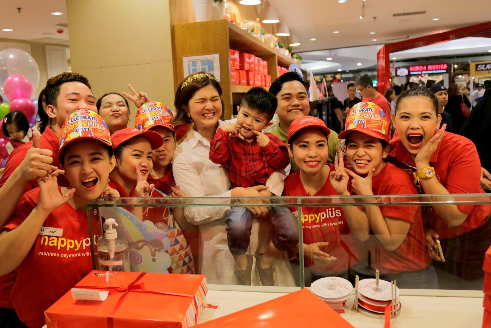 This is e life red ribbon rainbow surprise fan meet and greet fans who came for the rainbow surprise meet at red ribbon in sm megamall mandaluyong city guests were able to spend time with their favorite celebrity m4hsunfo
