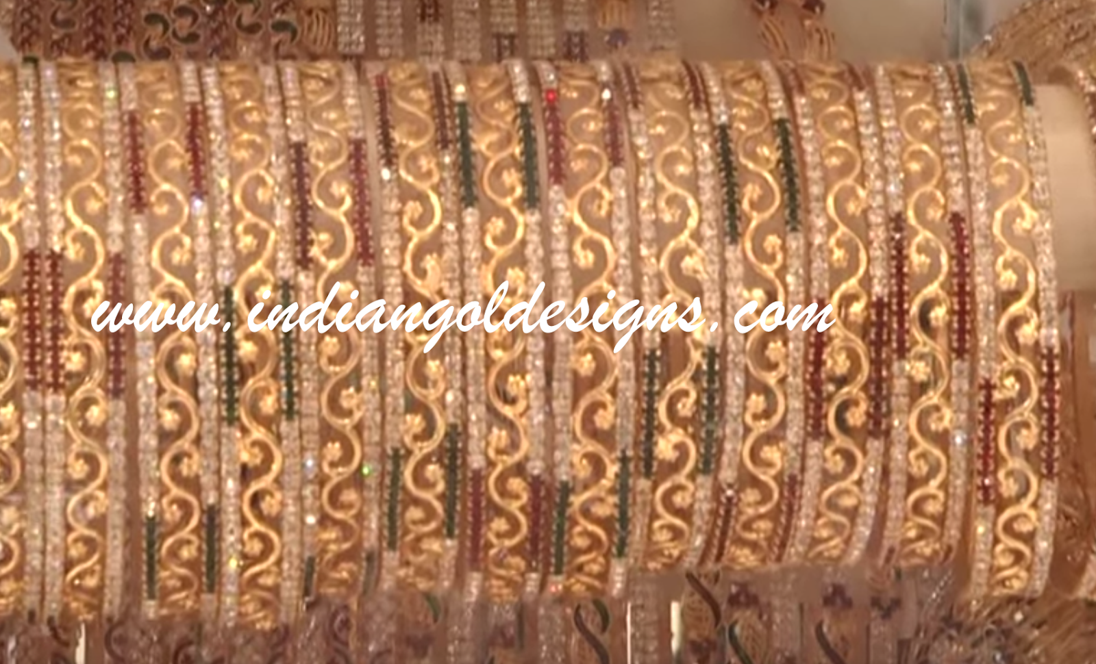 Gold and Diamond jewellery designs: gold bangles designs