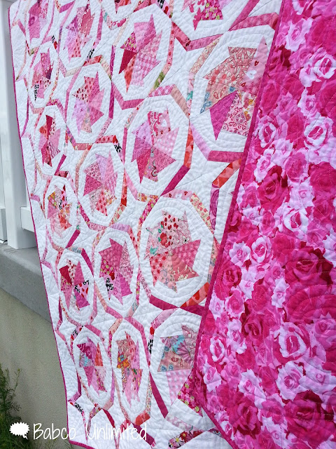 BabcoUnlimited.blogspot.com -- Wheel of Fortune Pink Scrap Quilt