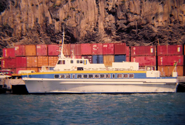 old photo: Independência was a very fast catamaran sailing the seas of Madeira
