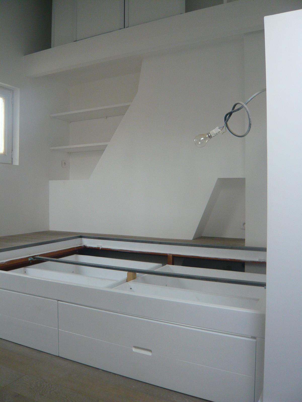 brok n deco rangement sous comble. Black Bedroom Furniture Sets. Home Design Ideas
