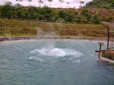Obyek Wisata Banyu Panas Palimanan