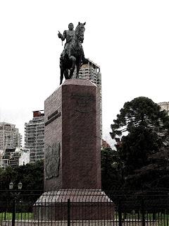 Momunento a Juan Manuel de Rosas, em Buenos Aires