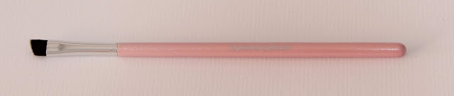 BrushArt Basic Pink pincel para cejas y sombras de ojos