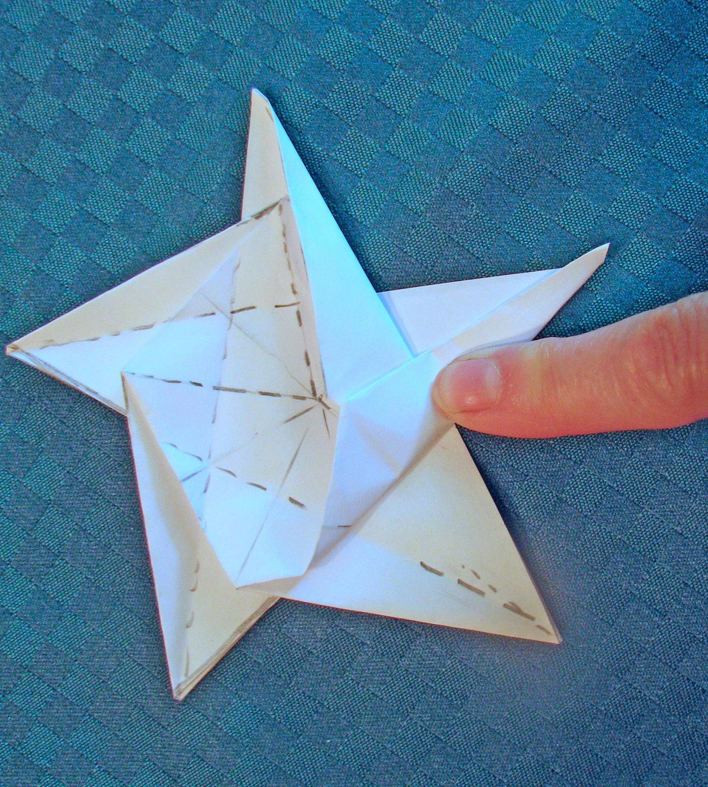 Поделки к 23 февраля своими руками: звезда-оригами