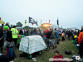 Glastonbury Festival. 2013. Show. Kids.
