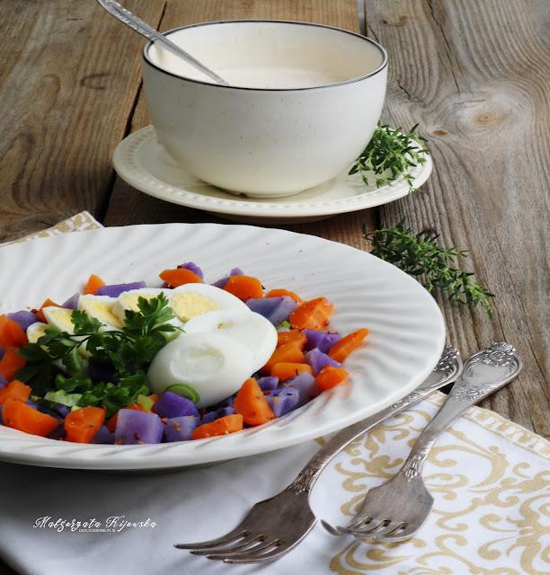 błyskawiczna sałatka z ziemniakami, co zrobić z fioletowych ziemniaków, fioletowe ziemniaki, daylicooking