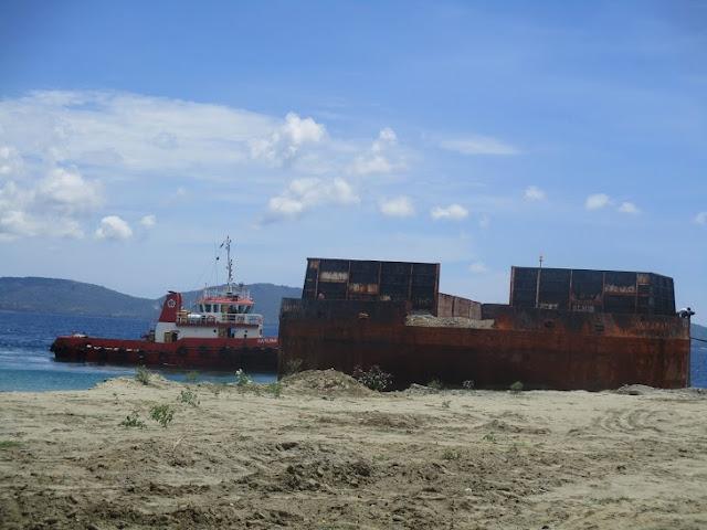 armada tugboat dan tongkang 300 feet