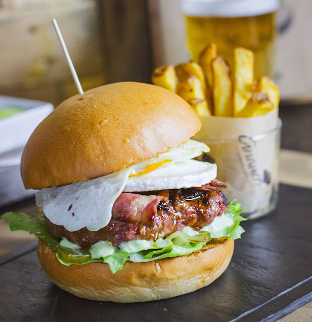 anauco gourmet hamburgueseria burger madrid