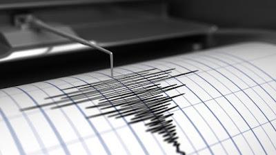 Pelo menos um morto e 20 feridos no sismo que atingiu ilha indonésia de Java