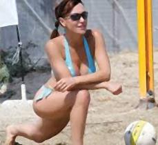 Βίκυ Χατζηβασιλείου, Sexy, μαγιό, beach volley