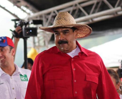 """Maduro tilda de """"fracasado"""" a Ramos Allup"""