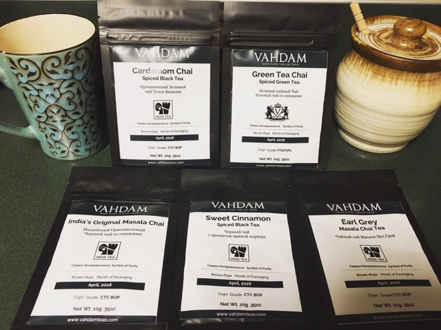 VAHDAM Masala Chai Tea Sampler - 5 EXOTIC TEAS - India's Original Masala Chai, Cardamom Chai, Cinnamon Spice Chai, Earl Grey Chai, Green Tea Chai - 25 Servings, Packed & Shipped from India, 1.76oz