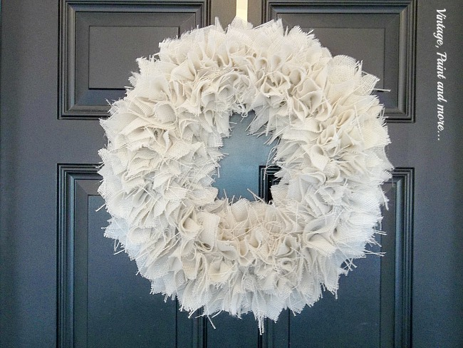 Vintage, Paint and more... diy burlap wreath from a foam wreath form, burlap and hot glue