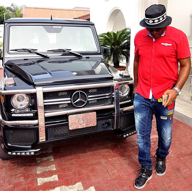 nollywood actor saint obi flaunts mercedes benz g wagon. Black Bedroom Furniture Sets. Home Design Ideas