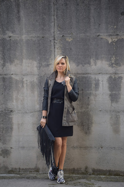 outfit tubino nero come abbinare tubino nero outfit ottobre 2016 mariafelicia magno fashion blogger colorblock by felym fashion blog italiani fashion blogger italiane web influencer italiane