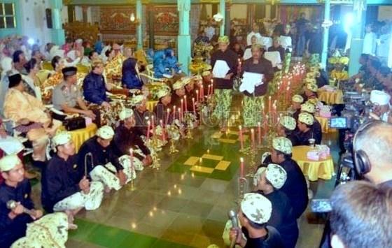 Mengenal Tradisi Panjang Jimat di Cirebon