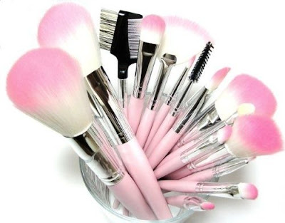 Vegan and Cruelty Free Makeup Brushes