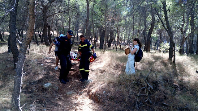 Επιχείρηση της Πυροσβεστικής στην Ύδρα για τραυματία σε δύσβατο ορεινό μονοπάτι