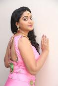 aishwarya addala new glam pics-thumbnail-19
