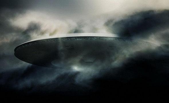 Penampakan UFO Raksasa Di India Memicu Kontroversi