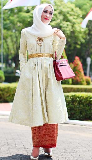 11+ Model Kebaya Hijab Dian Pelangi Edisi Terbaru 2018 Cantik