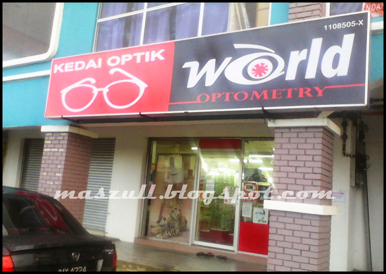 Kedai Optik World Optometry Memang Best