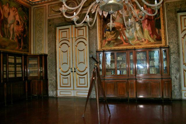 biblioteca, porta, libri, telescopio