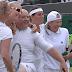 Szoknyába öltöztették a szurkolót Wimbledonban