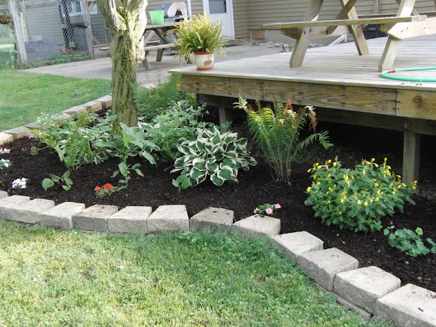 cozy landscaping deck