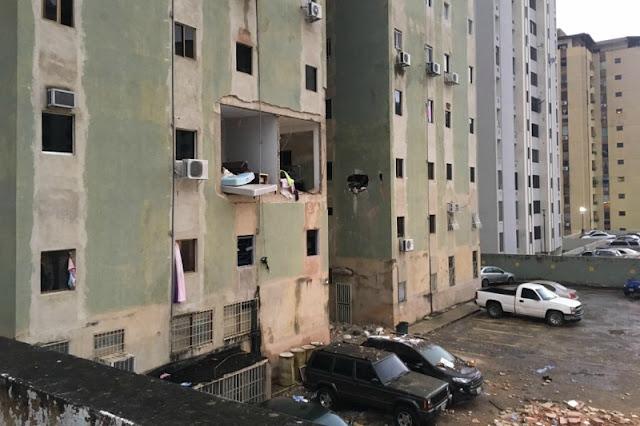 Así quedó un apartamento tras explosión de bombona de gas en Valencia